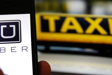 Uber'in sürücüsüz aracı kaza yaptı: Şirket test sürüşlerini askıya aldı