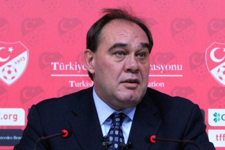 """Demirören: """"17 Nisan sabahı evet diyen bir Türkiye ile uyanmak dileğiyle"""""""