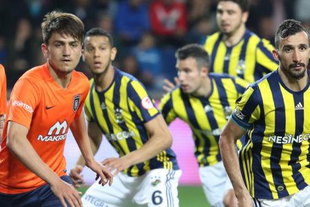 Fenerbahçe, Başakşehir'den avantajla dönüyor