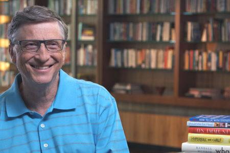 Bill Gates: Çocuklarımıza 14 yaşına gelene kadar cep telefonu almadık