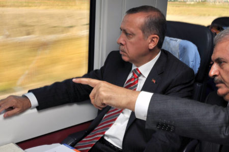 Dilipak: AK Parti'de operasyon başlıyor!
