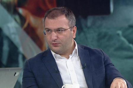 Cem Küçük: AK Parti'nin Mavi Marmara'daki manyak tiplerle yolunu ayırması lazım