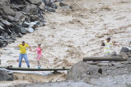 Kolombiya'da sağanak yağış facia getirdi: 200'den fazla kişi hayatını kaybetti