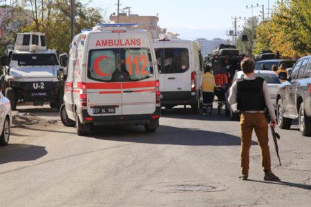 Diyarbakır'da referandum çatışması: 3 kişi hayatını kaybetti