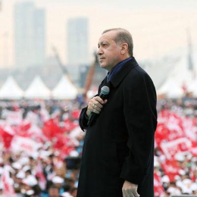 Haaretz: Erdoğan başka bir atak yapmazsa, referandumda kazandıklarını 2019'da kaybedeceğini biliyor