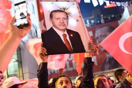FT: Erdoğan'ın ılımlı davranmasını beklemek anlamsız