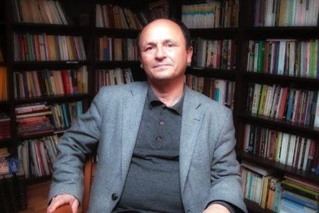 Sendika.Org yazarı Ferda Koç'un evine polis baskını