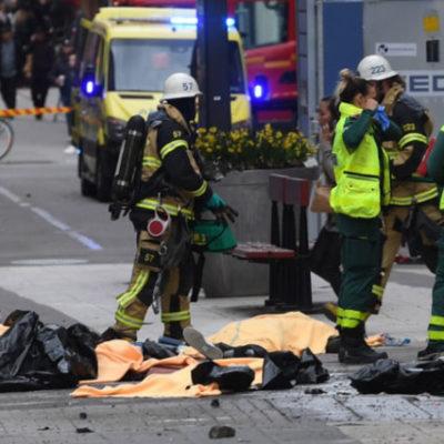Stockholm'de kamyonetli saldırı: 4 kişi hayatını kaybetti!
