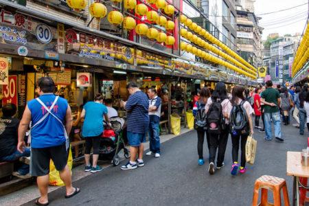 Tayvan'da çıkarılan yeni yasayla, yemek için kedi ve köpek öldürmek yasaklandı