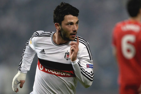 Tolgay Arslan, transfer dedikodularını yalanladı