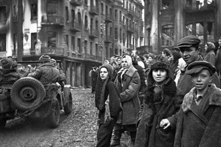 Rusya, Nazi Almanyası'nın Ukrayna'daki infaz ve işkencelerine ilişkin belgeler açıkladı