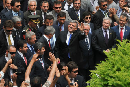 Aydınlık yazarı: İngiltere'nin Cumhurbaşkanı adayı Abdullah Gül