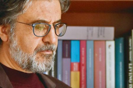 Yenişafak gazetesi yazarı Akif Emre hayatını kaybetti