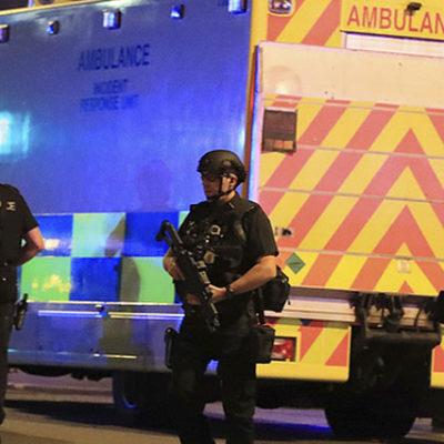 İngiltere, Manchester saldırısı sonrası terör tehdidi seviyesini en yüksek basamağa çıkardı