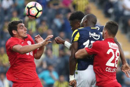 Fenerbahçe evinde Antalyaspor'a diş geçiremedi: Fenerbahçe 0-1 Antalyaspor