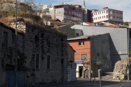 Mimar Sinan eseri Cibali Ayakapı Hamamı 3 milyon euroya satışa çıkarıldı