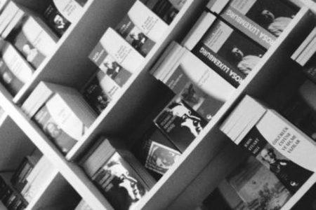 Belge Yayınları'na polis baskını: 2 bin kitaba el konuldu
