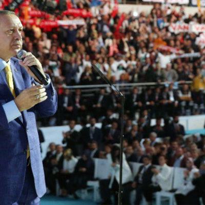"""""""Beyaz AKP'lileri"""" ikna çabası: Erdoğan ve kurmayları Atatürk söylemlerine hız verdi"""