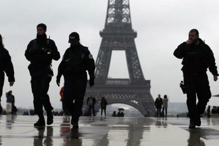 Fransa'da OHAL en geç 1 Kasım'da kaldırılıyor