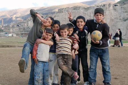 En genç nüfus Kürt illerinde