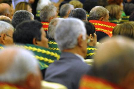 HSK üyesi olmak isteyen hakim ve savcılar, AKP'den referans bulmak için yarışa girdi