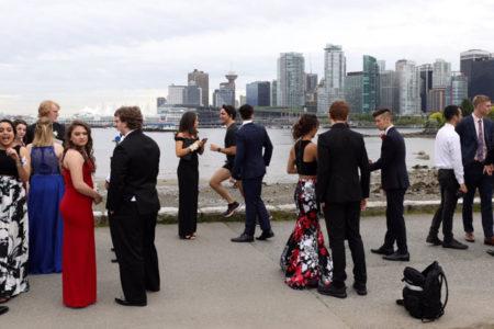 Kanada Başbakanı'ndan öğrencilere fotoğraf sürprizi