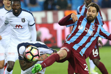 Sonuç sadece Beşiktaş'a yaradı: Trabzonspor 0-0 Medipol Başakşehir