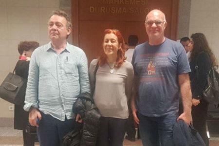 Özgür Gündem ile dayanıştığı için Prof. Dr. Beyza Üstün ve Yazar Murat Çelikkan'a hapis cezası