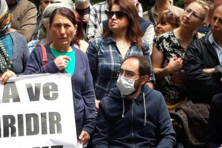 Semih Özakça'nın eşi ve annesi süresiz açlık grevine başladı