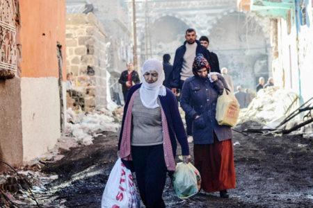 Valilik'ten Sur halkına 'evlerinizi boşaltın' talimatı