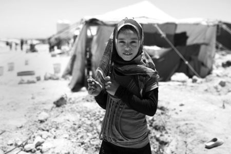 Türkiye'de Suriyeli olmayan sığınmacı çocuklar okula gidemiyor
