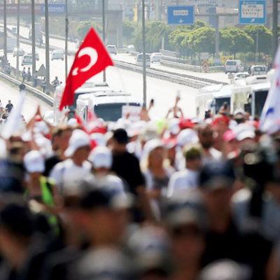 Alman basını: Kemal Kılıçdaroğlu çaresiz insanlara yeniden umut verdi