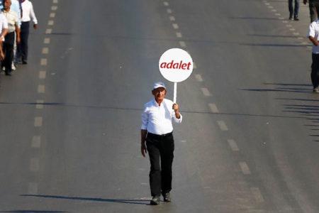 Mehveş Evin: Kılıçdaroğlu, bundan sonraki politikalarını Başkanlık hesaplarına göre kurarsa hata yapar