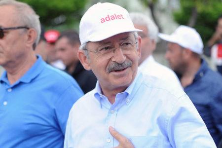 """Fehmi Koru: """"İşte AK Parti'nin anlamadığı bu: 'Adalet' kavramının bireyler için önemi…"""""""