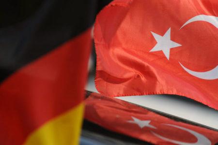 Almanya'dan Türkiye'ye casusluk uyarısı
