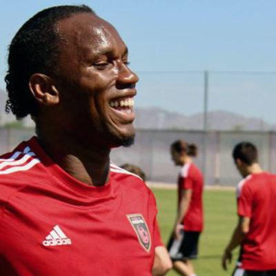 Drogba, kaptanı ve hissedarı olduğu takımıyla çıktığı ilk maçında 1 gol 1 asistle oynadı
