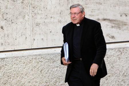 Vatikan'ın en üst düzey üçüncü ismine taciz suçlaması