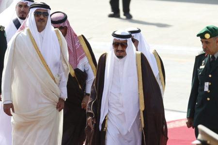Katar krizi derinleşiyor: Marketlerde gıda maddeleri tükeniyor