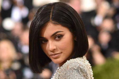 Kylie Jenner en genç zengin oldu