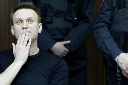 Muhalif lider Navalny için hapis cezası