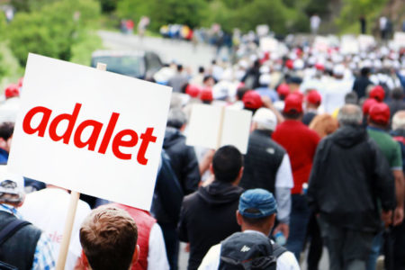 ANAR Genel Müdürü: Siyasal olarak uzak insanlar da yürüyüşe olumlu bakıyor