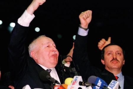 Kaboğlu: Refah Partisi'ni kapatma nedenleri, AK Parti'yi yaşatma nedenlerine dönüşüyor