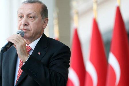 Baskın Oran: Memleket sakinleştiği zaman AKP kaybediyor, kutuplaştığı zaman iktidara geliyor