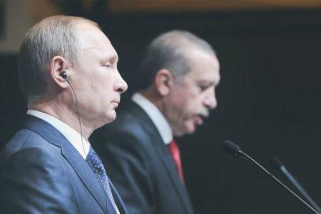 """""""Türk ordusu içerisinde Rusya etkisi arttı, Türkiye NATO'nun sırlarını Rusya'ya verebilir"""""""