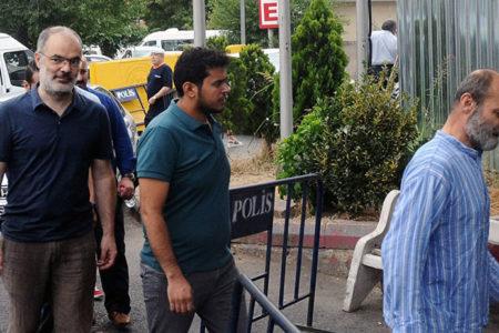 İnsan hakları savunucularından 6'sı 'silahlı terör örgüne yardım' suçundan tutuklandı