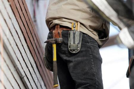 Yargıtay: İşçinin düşük performans göstermesi geçerli ancak haklı fesih nedeni değil
