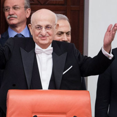 Meclis Başkanı yeniden AKP'li İsmail Kahraman
