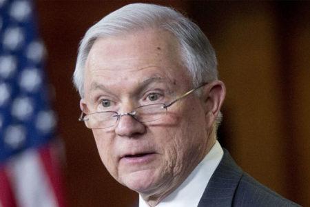 Washington Post: Rus büyükelçiyle görüşen ABD Adalet Bakanı dinlemeye takıldı