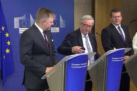 Avrupa Komisyonu Başkanı Juncker: Arayan eşim. Pardon Merkel'miş