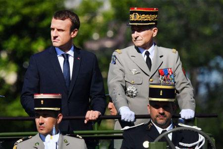 Macron'la tartışan Fransa Genelkurmay Başkanı istifa etti